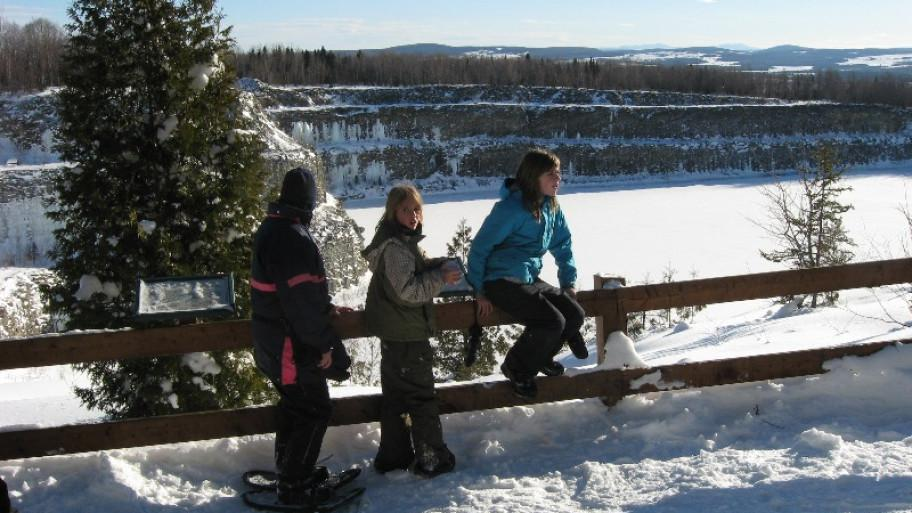 Club La Balade: country skiing and snowshoeing